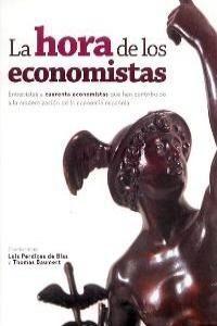 LA HORA DE LOS ECONOMISTAS
